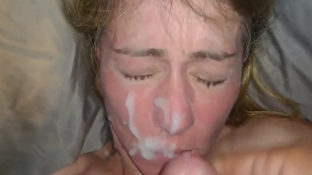Lady J gets a morning facial before breakfast